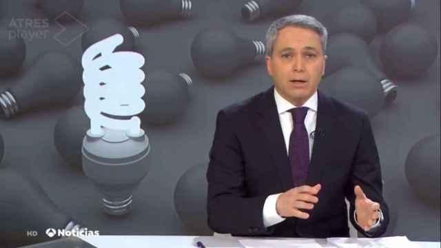 Vicente Vallés durante su intervención en el informativo.