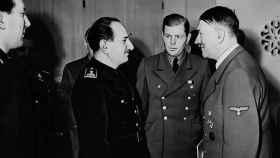 José Luis Arrese durante un encuentro con Adolf Hitler el 22 de enero de 1943.