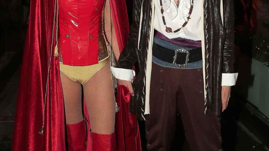 Con su madre en la fiesta del 50 cumpleaños de la presentadora.