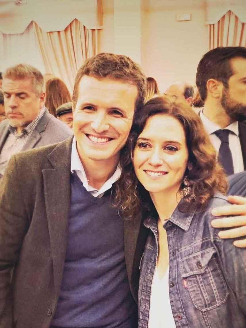 Pablo Casado e Isabel Díaz Ayuso juntos en plena campaña electoral.