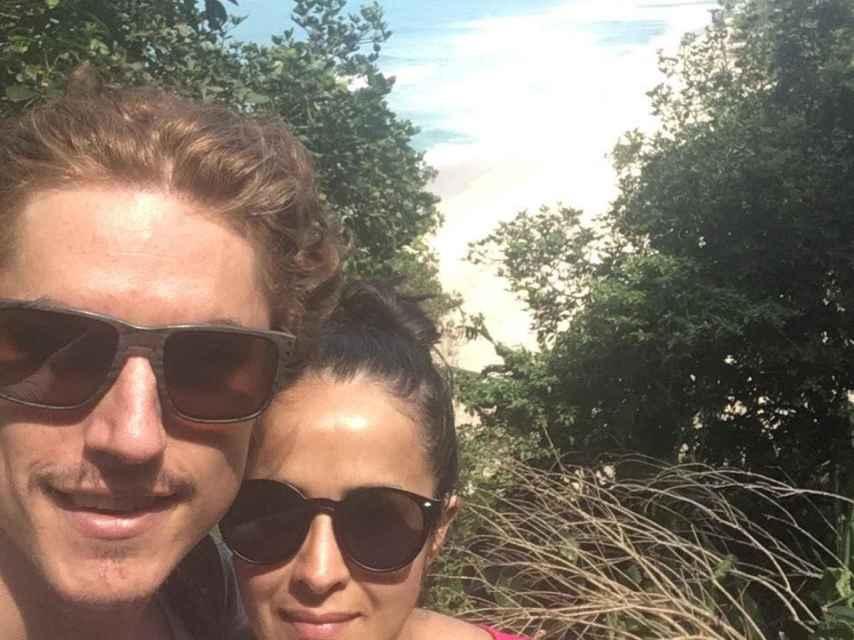 Jaime y Khatarina, en Ubatuba (Brasil).