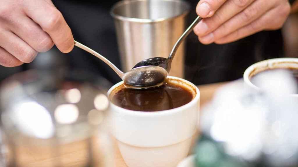 Un café preparado de forma artesanal.