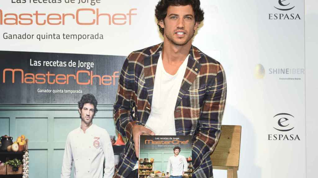 Jorge Brazález, tras su triunfo en 'MasterChef', en la presentación de su libro 'Las recetas de Jorge'.