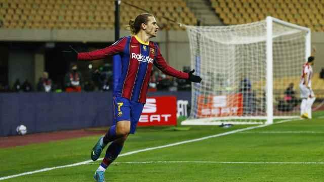 Antoine Griezmann celebra su segundo gol en la final de la Supercopa de España