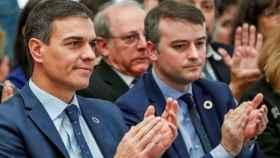 Pedro Sánchez y su jefe de Gabinete, Iván Redondo.