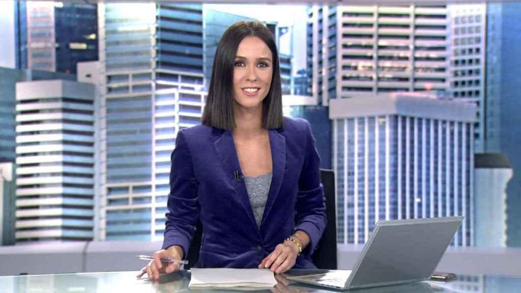 Alba Lago en 'Informativos Telecinco'.