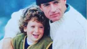 La imagen que ha publicado Alessandro Lequio junto a su hijo.