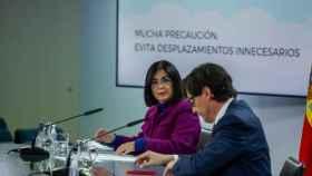 Carolina Darias y Salvador Illa en una rueda de prensa en Moncloa posterior al Consejo Interterritorial.