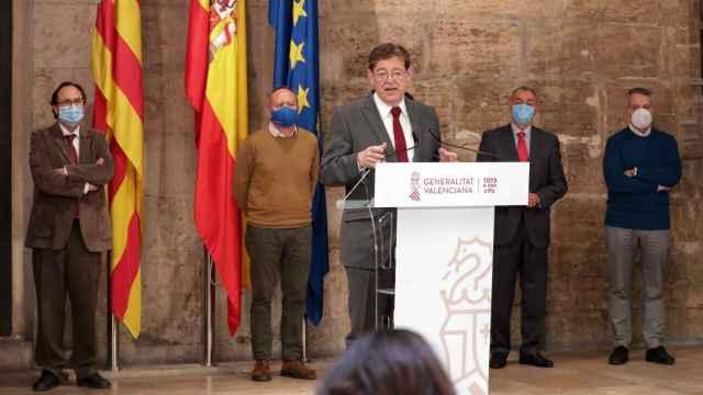 Ximo Puig, en su comparecencia para anunciar el plan 'Resiste'. EE