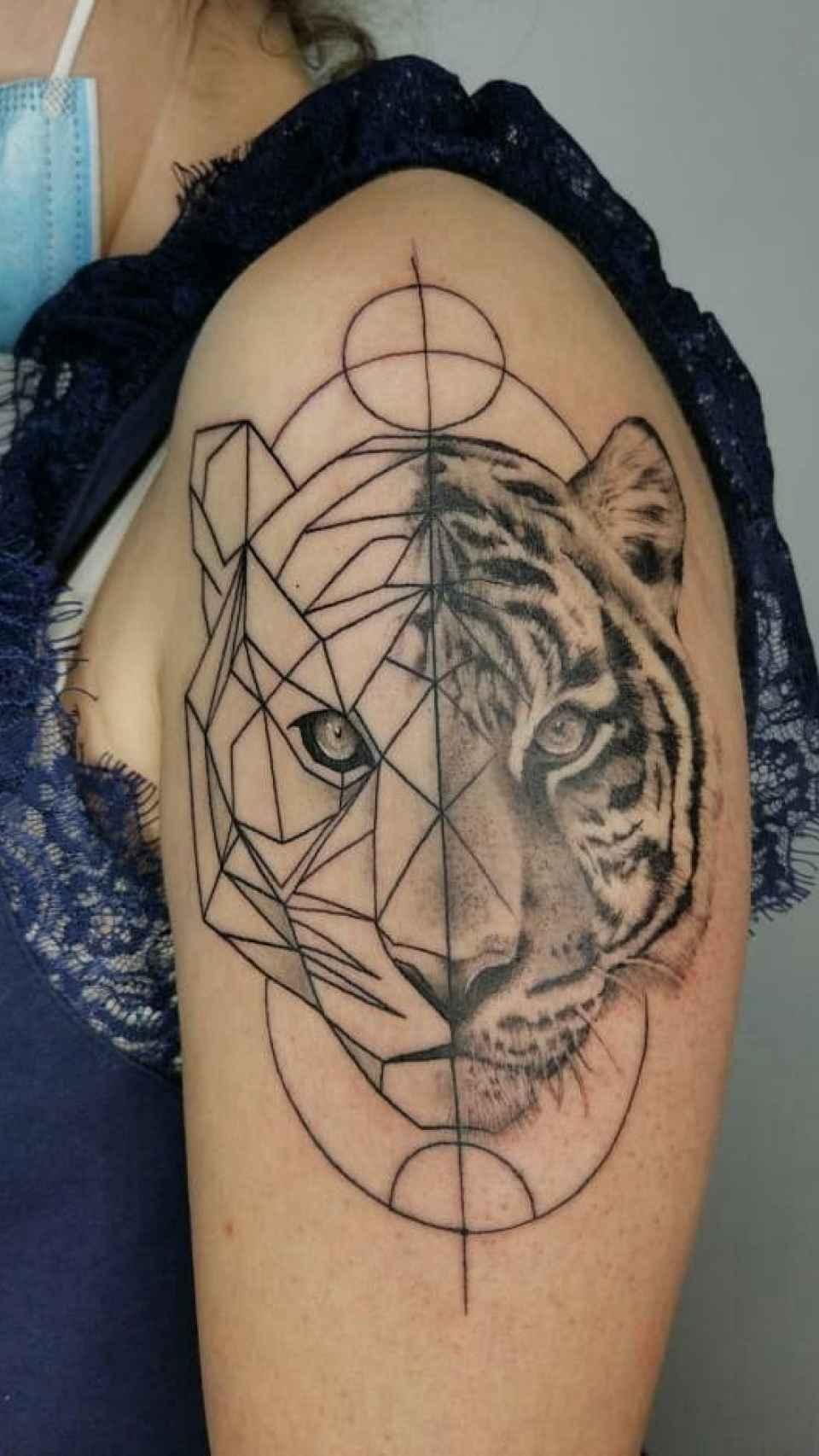 El nuevo tatuaje de Carla Vigo.