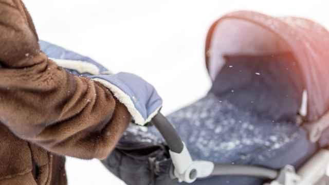 Los mejores accesorios para el carrito de bebé para evitar el frío
