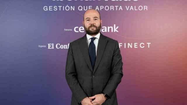 Carlos Val-Carreres.