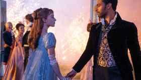 Simon y Daphne son los protagonistas de la primera temporada de 'Los Bridgerton'