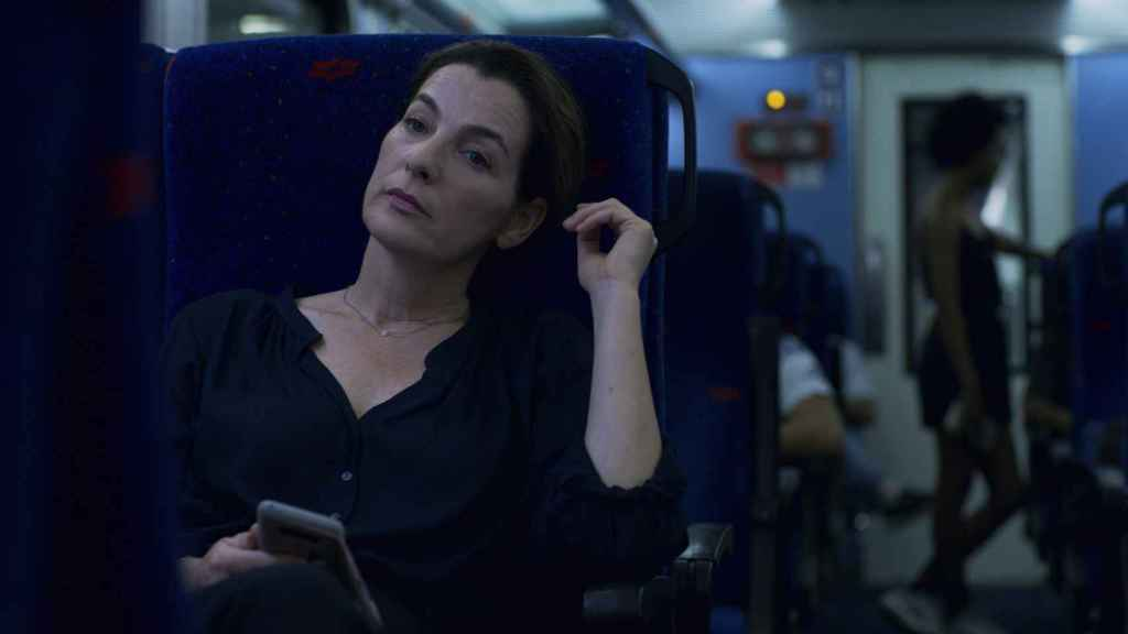 Un encuentro en un tren marca el principio de la obsesión.