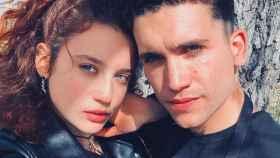María Pedraza y Jaime Lorente en los inicios de su historia de amor.