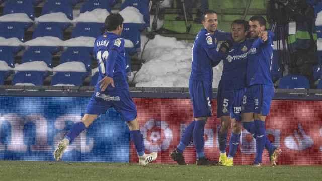 El Getafe celebra su gol