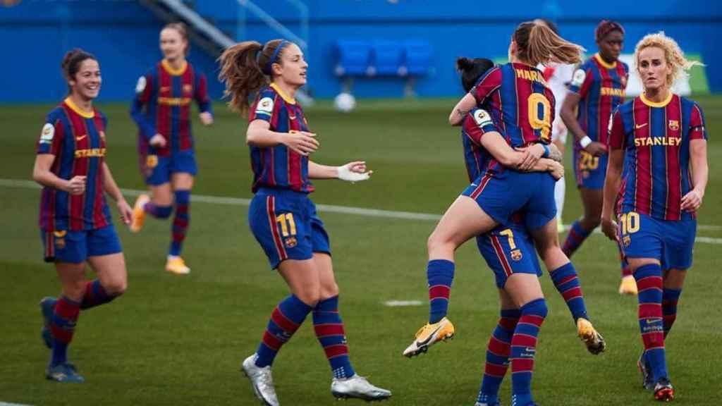 Las jugadoras del Barcelona Femenino celebran un gol en la Primera Iberdrola