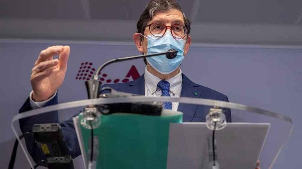 El consejero de Salud de Murcia, Manuel Villegas, en su comparecencia.