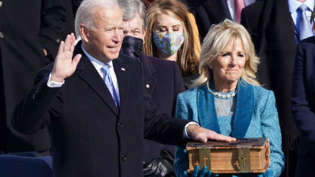 Joe Biden  tomando posesión como presidente de Estados Unidos