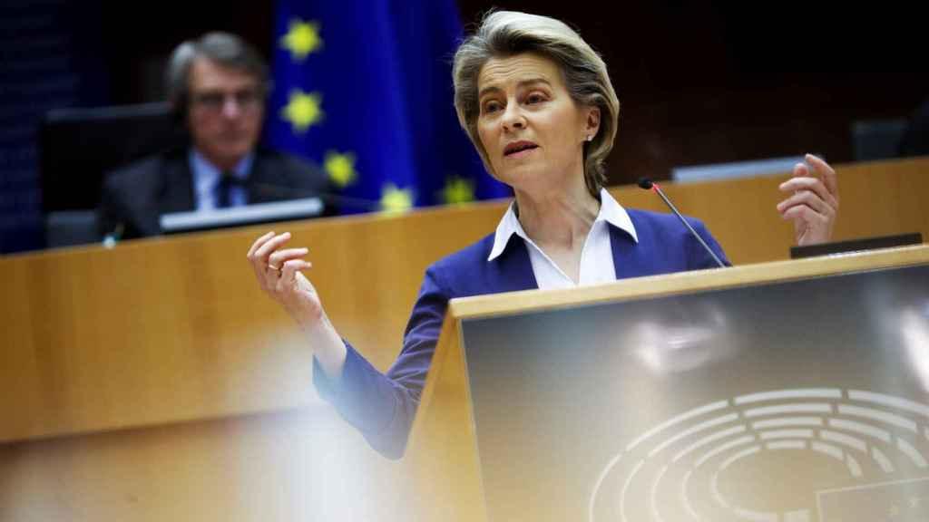 La presidenta de la Comisión, Ursula von der Leyen, durante una comparecencia en la Eurocámara este miércoles