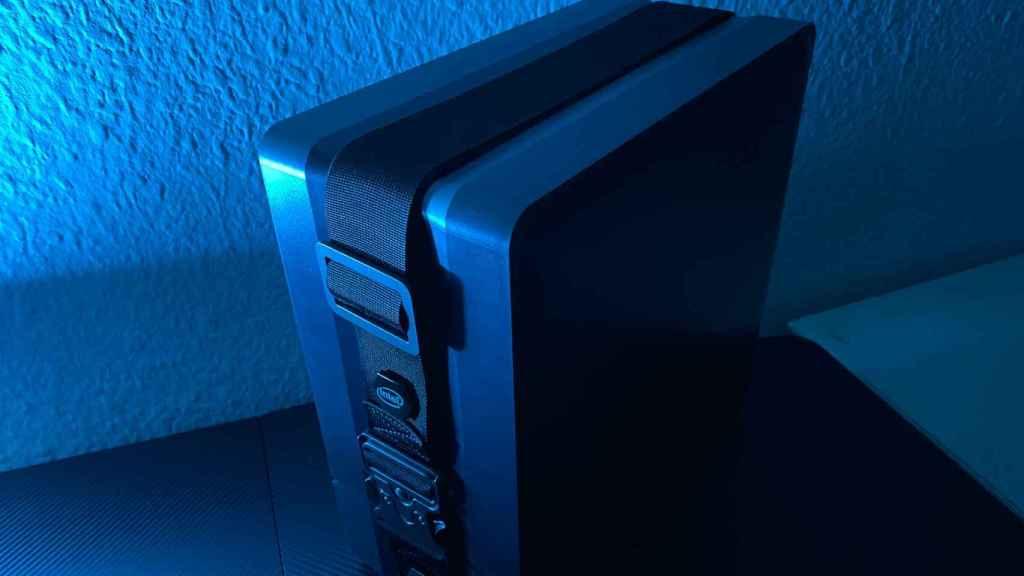 El Intel NUC 9 viene en una espectacular caja de transporte