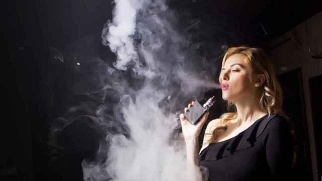 Francia establece el vapeo como primer método para dejar de fumar: sólo el 1% usa prescripción médica