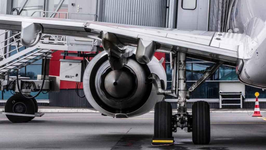 Una pieza del tren de aterrizaje sobre la que se podría incrustar un sensor de fibra óptica.