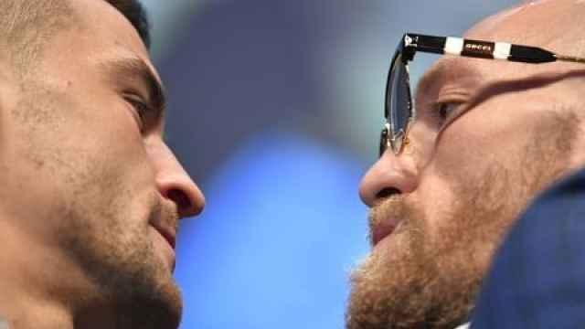 Dustin Poirier y Conor McGregor, en el cara a cara previo a la UFC 257