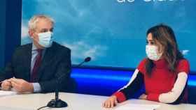Los diputados nacionales del PP Juan Antonio Callejas y Rosa Romero, en rueda de prensa