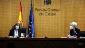 La fiscal general del Estado, Dolores Delgado, y la fiscal de la Sala de Discapacidad y Mayores, María José Segarra.