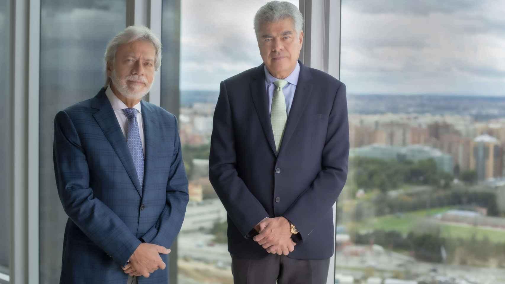 D. Luis Amodio y D. Mauricio Amodio, presidente y consejero dominical de OHL.