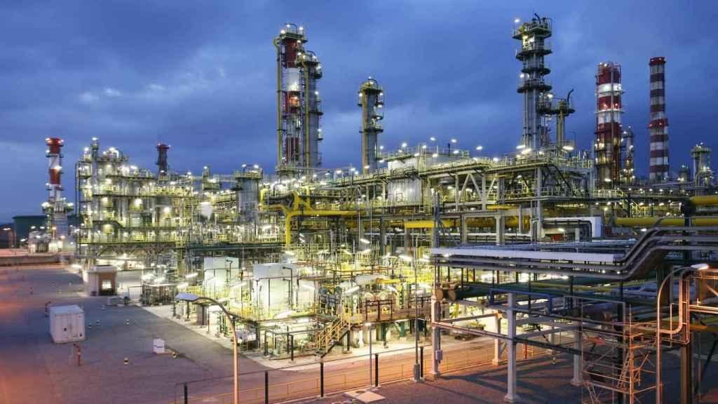 Repsol produce en Tarragona un segundo lote en España de biocombustible para aviones