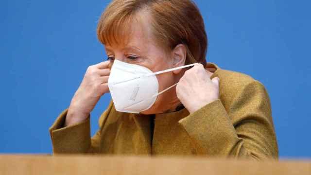 La canciller alemana, Angela Merkel, durante su rueda de prensa de este jueves