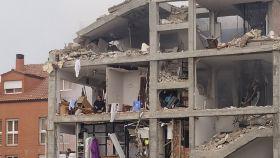 El padre Matías, atrapado en la quinta planta del edificio tras la explosión.