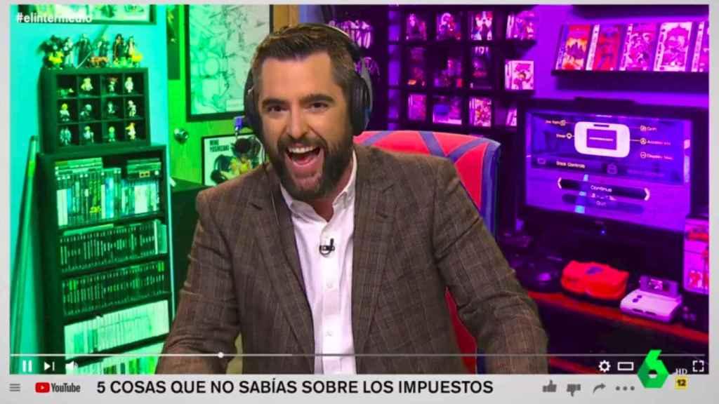 Dani Mateo en 'El Intermedio' hablando de 'youtubers'.