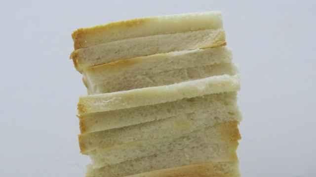 Pan de molde sin corteza.