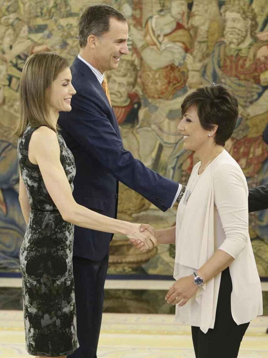 La reina Letizia junto a su amiga, Sonsoles Ónega, en una recepción en el Palacio Real.