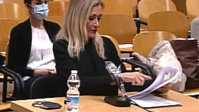 Cristina Cifuentes declara en el juicio que se sigue contra ella en la Sección 15 de la Audiencia de Madrid.