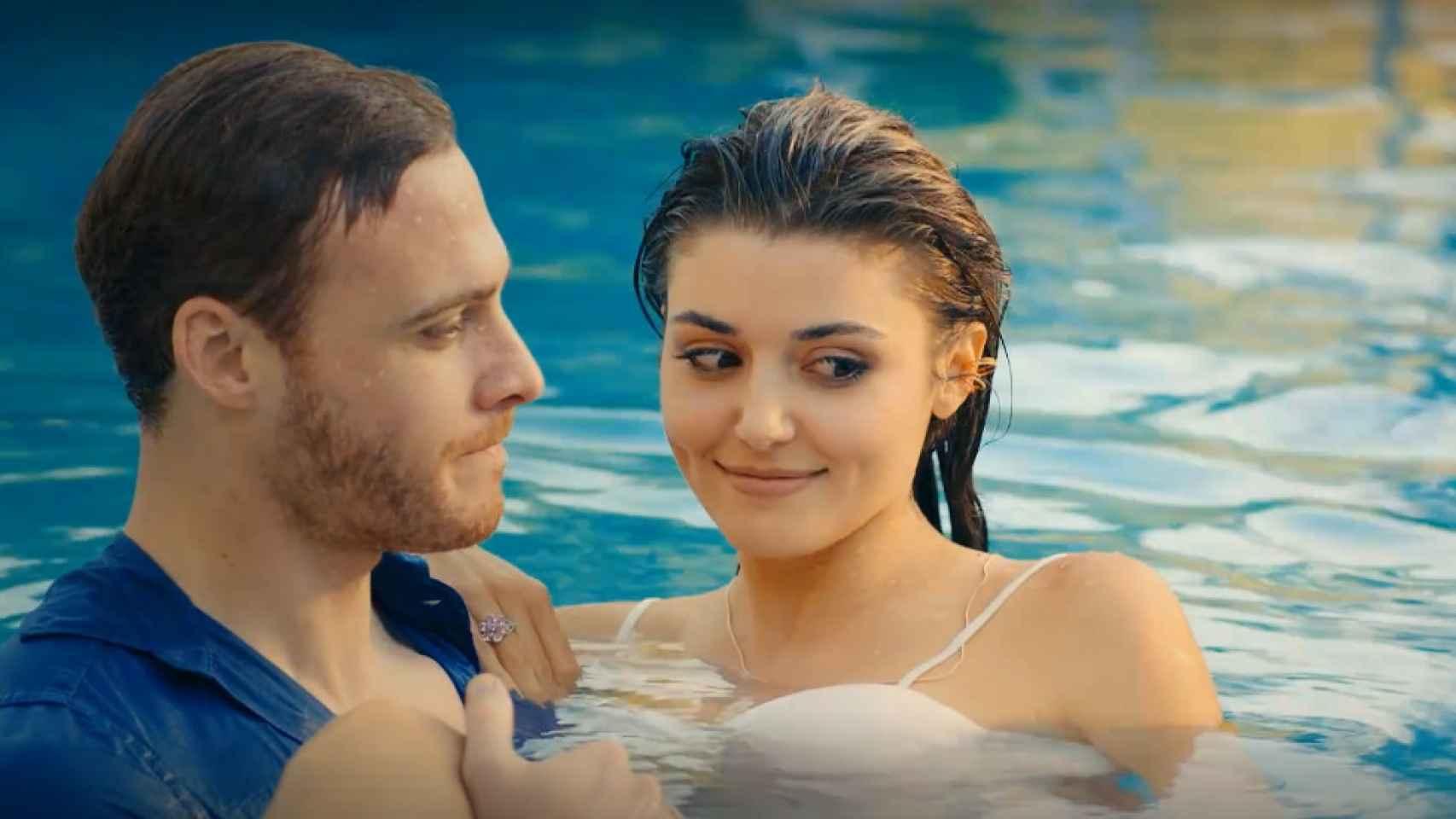 Selin encuentra el contrato de Serkan y Eda, en el capítulo 13 de 'Love is in the air'
