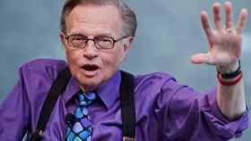 Larry King, el legendario presentador, ha fallecido a los 87 años víctima del coronavirus.
