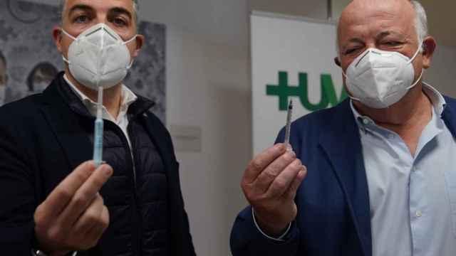 Bendodo y Aguirre en el Hospital Virgen Macarena