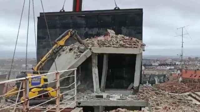Imagen de la demolición.