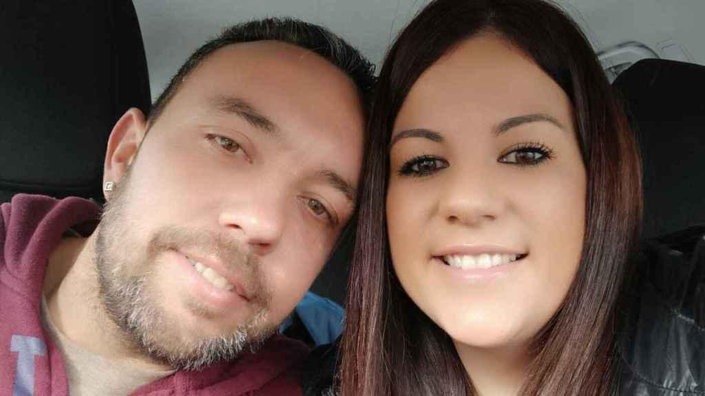 Juan Pedro y Carmen se casaron hace dos años en plena batalla legal para evitar el ingreso en prisión de este almeriense.