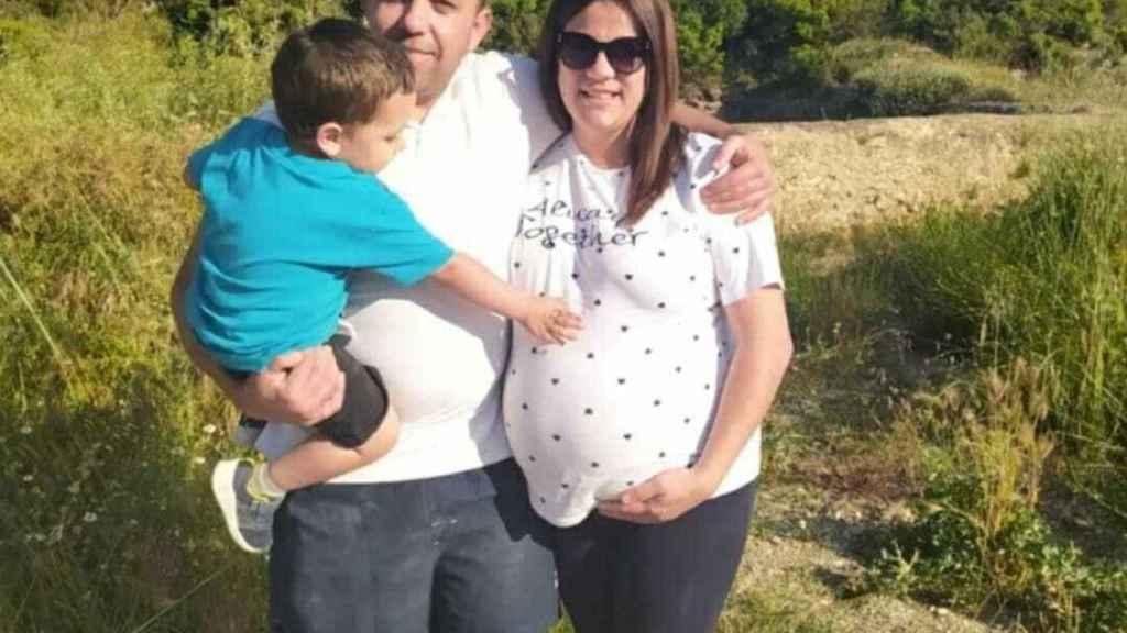 Juan Pedro junto a su familia.