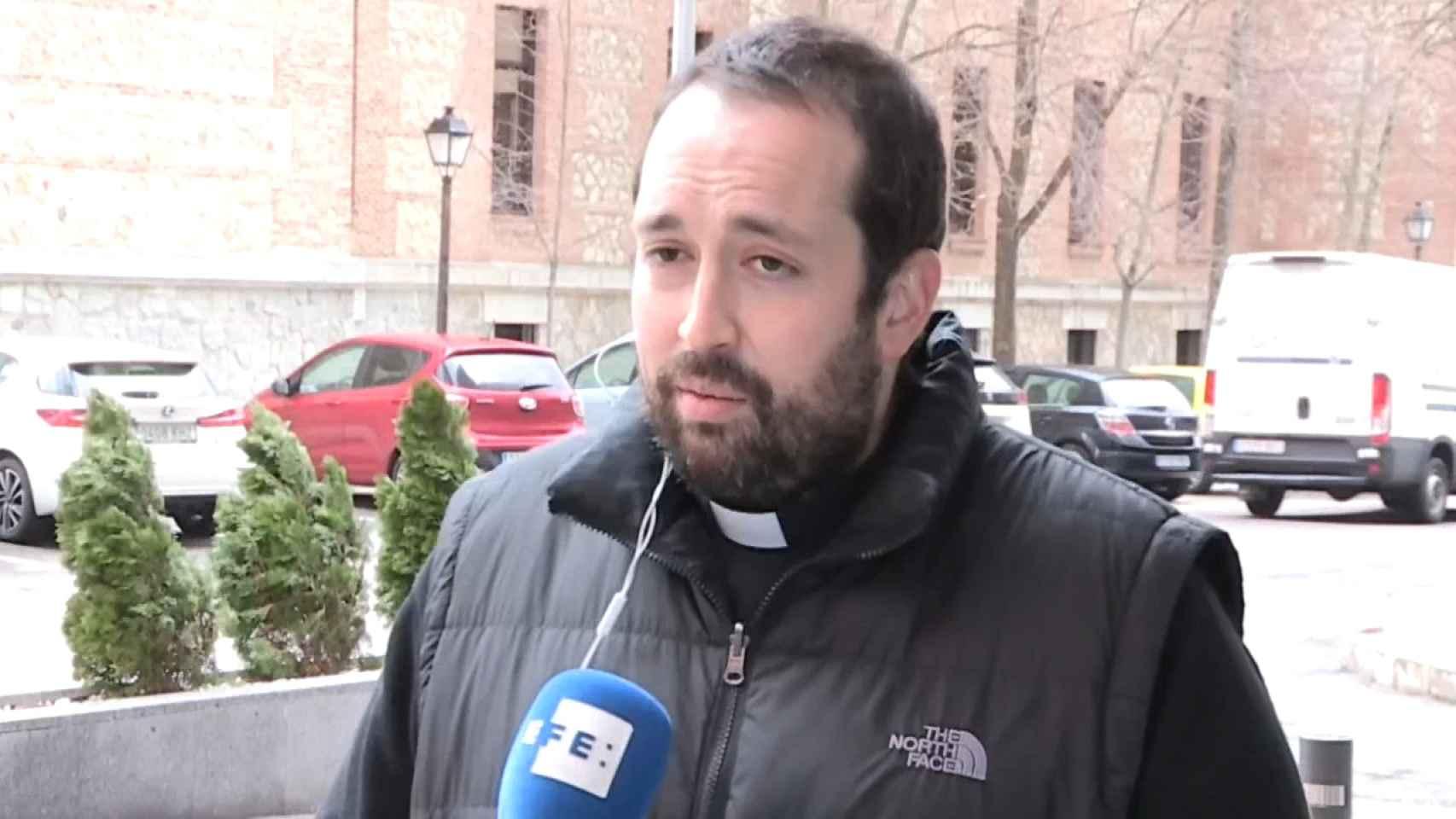 Entrevista a Pablo Pérez de Ayala, hermano del fallecido padre Rubén.