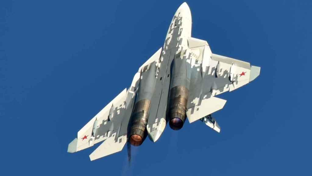 Invertida Sukhoi Su-57