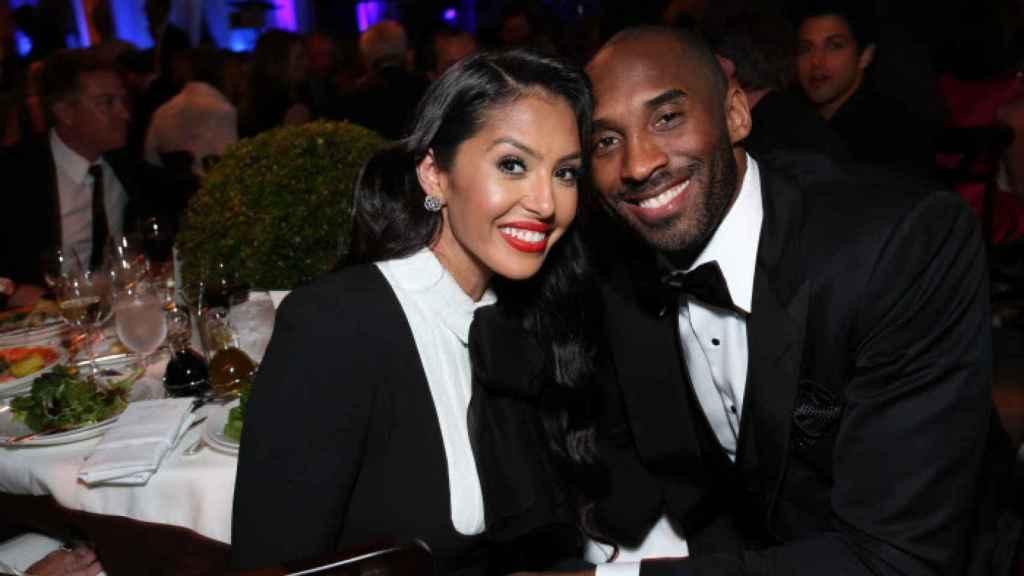 Vanessa y Kobe Bryant, durante un evento benéfico en Los Ángeles.