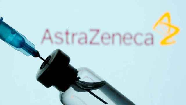 Indignación en la UE con AstraZeneca por retrasar su vacuna