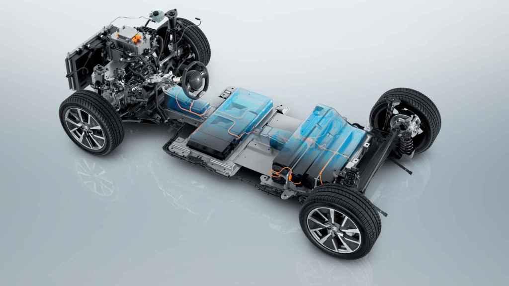 El litio se transforma en hidróxido de litio y de ahí los cátodos, las celdas y las baterías.