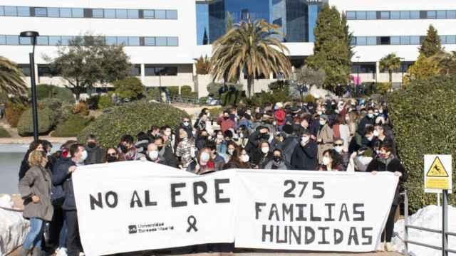 Protesta en el campus de Villaviciosa de Odón (Madrid) de la Universidad Europea